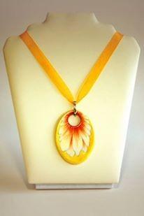 Hollóházi Porcelán nyaklánc Margaréta sárga